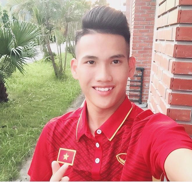 'Em trai Truong Hip' va dan 'visual' the he moi cua U18 Viet Nam hinh anh 11