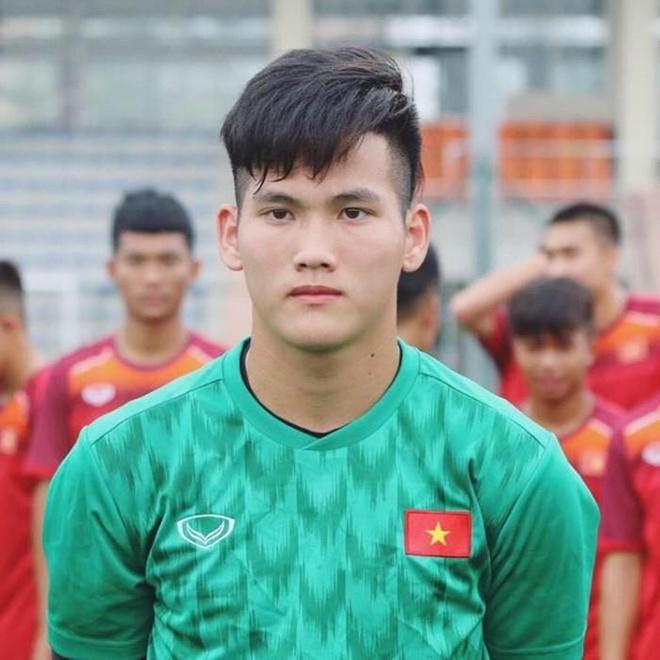 'Em trai Truong Hip' va dan 'visual' the he moi cua U18 Viet Nam hinh anh 10