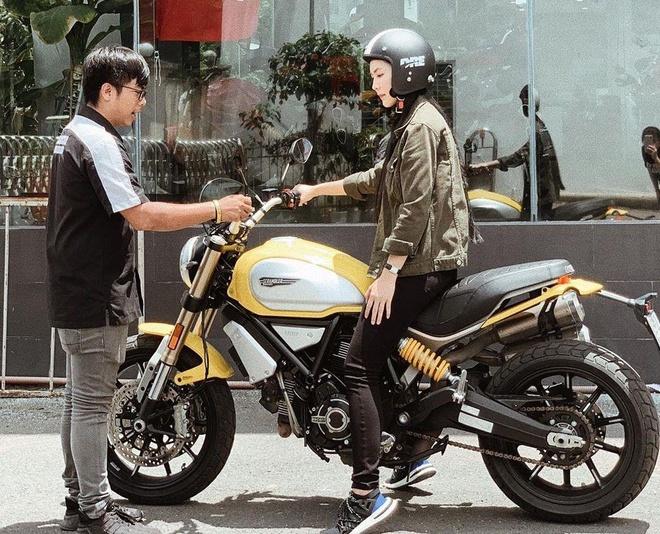 Dàn hot girl đam mê tốc độ: Người là cảnh sát, kẻ là rich kid xứ Huế