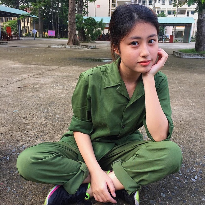 hot girl DH HUFLIT anh 10