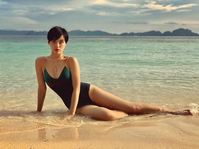 Loat hot girl cham dien bikini khoe body goi cam hinh anh 11