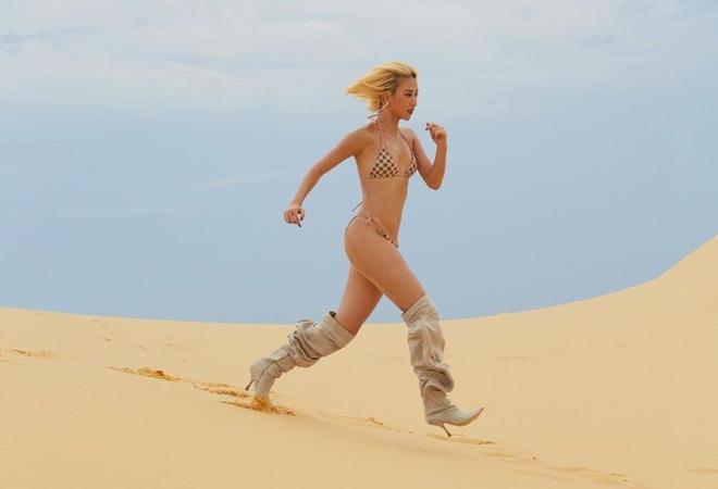 Loat hot girl cham dien bikini khoe body goi cam hinh anh 6