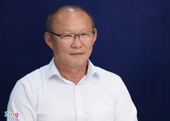 Thay Park cam cau thu dung Facebook, Instagram de tap trung thi dau hinh anh 3