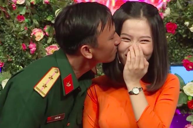 Chang bo doi to tinh bang cau 'cuoi giao vien la suong nhu tien' hinh anh