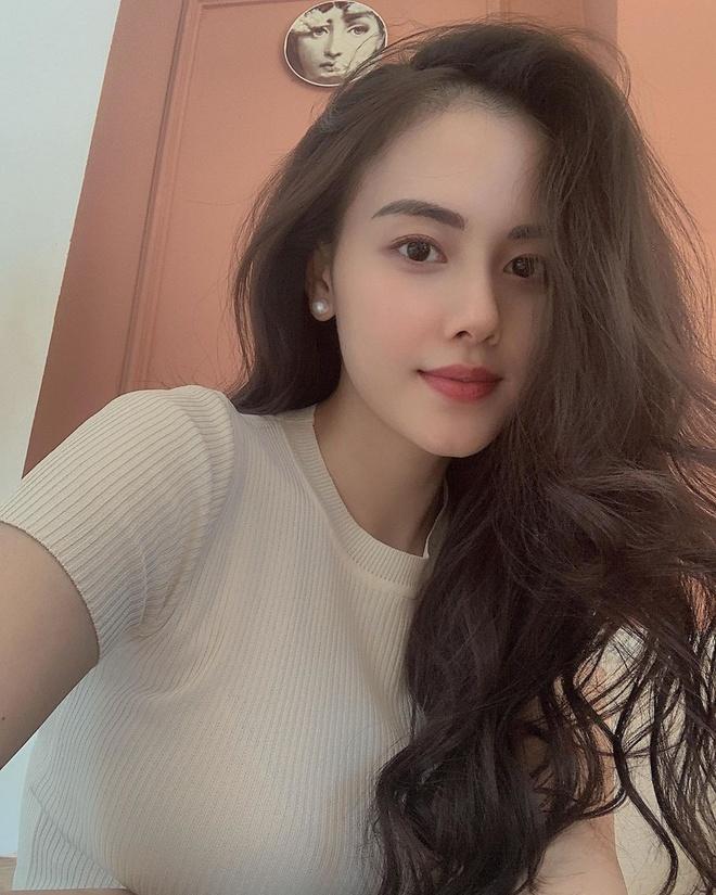 Me bim sua 23 tuoi: Nguoi vo dai gia nong bong, nguoi vlogger lay loi hinh anh 5