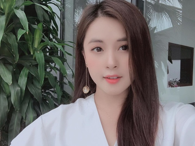MC Vu Thu Hoai va loat hot girl xung danh 'che Thai gai Tuyen' hinh anh 9