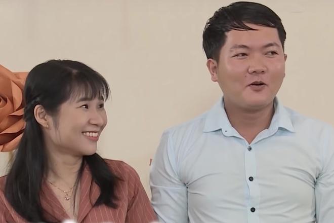 Chang trai chua tung yeu ai chinh phuc co gai lon hon 2 tuoi hinh anh