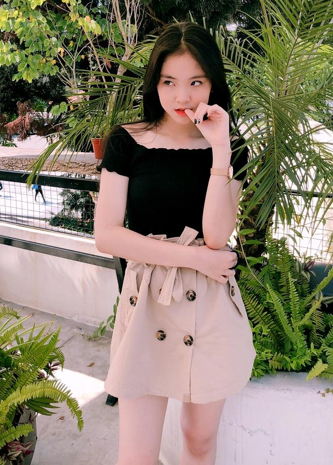 Cap song sinh Hang Nga va cac hot girl Yen Bai noi tieng tren mang hinh anh 8 12.jpg