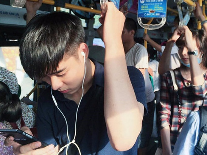 Hot boy cau long va nhung chang trai tuoi Ty noi tren mang hinh anh 5 1_59483.jpg