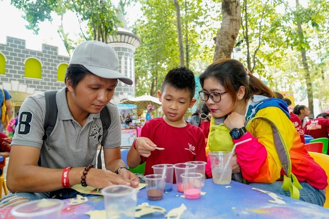 them ngay nghi le Gia dinh Viet Nam anh 1
