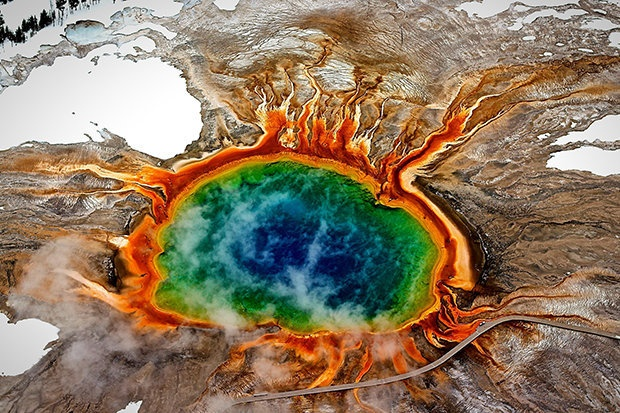 Bi mat chet choc sau ve dep me hon cua cong vien Yellowstone hinh anh 1