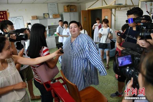 Nguoi dan ong beo nhat Trung Quoc giam 70 kg trong 5 thang hinh anh 2