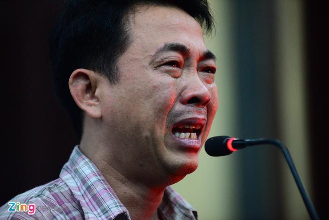 Nguyen Tong giam doc VN Pharma bat khoc xin duoc tai ngoai hinh anh