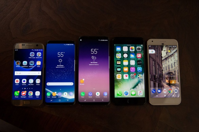 Galaxy S8 Plus va iPhone 7 Plus: Cuoc chien cua nhung ong lon hinh anh 2