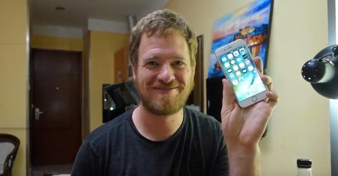 Tu che iPhone 6S voi gia 300 USD hinh anh 2
