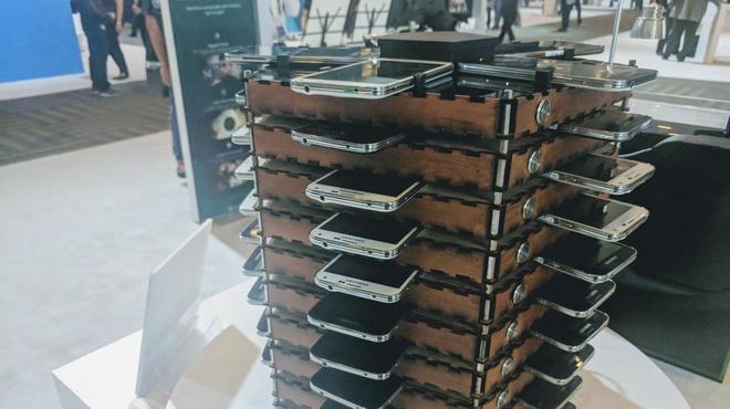 Samsung tao ra he thong dao Bitcoin bang 40 chiec Galaxy S5 cu hinh anh