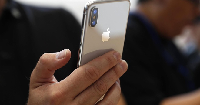 Time: 'iPhone X la 1 trong 25 phat minh tot nhat nam 2017' hinh anh 1