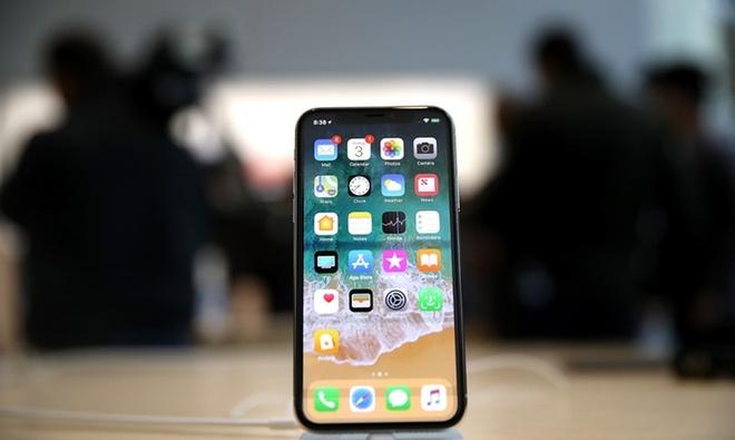 iPhone X sau 3 thang voi hang ta loi co dang gia 1.000 USD? hinh anh 2