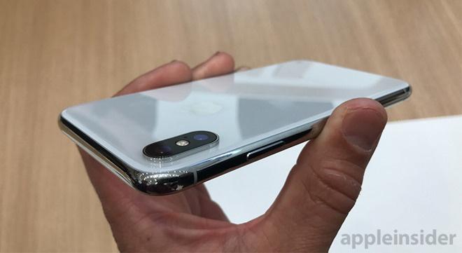 Apple co the ban 115 trieu iPhone gia khoang 800 USD trong nam nay hinh anh 1