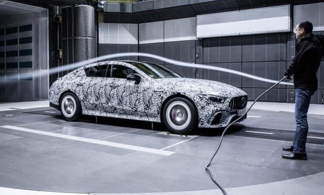 Hinh dang Mercedes-AMG GT4 sap ra mat hinh anh