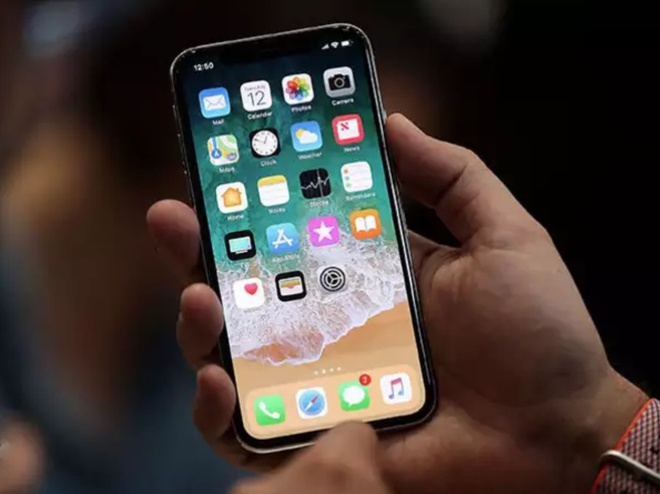 Apple co the ban 115 trieu iPhone gia khoang 800 USD trong nam nay hinh anh