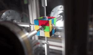 Rubik contraption giai rubik trong 0,38 giay hinh anh
