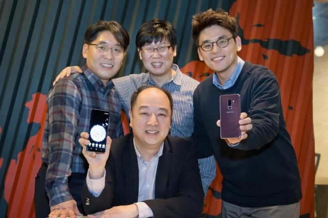 Chuyen chua ke ve camera cua bo doi Galaxy S9 hinh anh 1