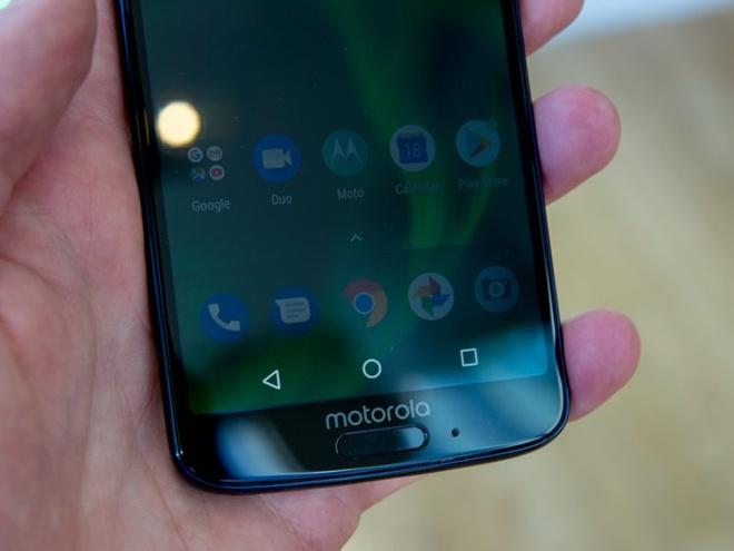 Moto G6 ra mat: Camera kep, Snapdragon 630, gia tu 250 USD hinh anh 2