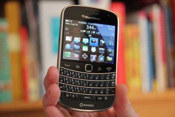 BlackBerry dung Bold 9900 de truyen cam hung cho Key2 hinh anh 1