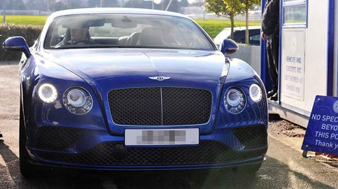 Dan xe 'khung' cua doi tuyen Anh: Tu Audi, Bentley cho den Lamborghini hinh anh 7