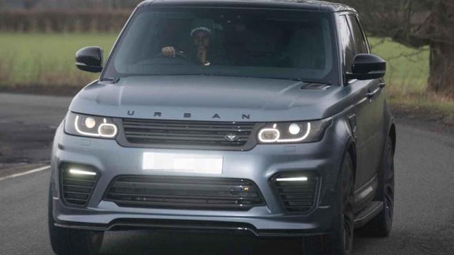 Dan xe 'khung' cua doi tuyen Anh: Tu Audi, Bentley cho den Lamborghini hinh anh 9