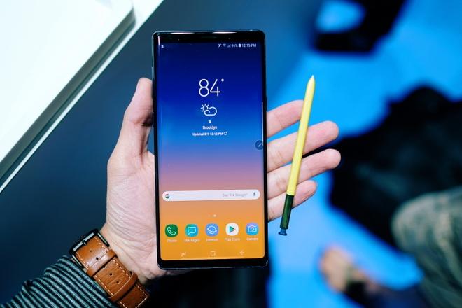 Anh chi tiet Galaxy Note9 vua ra mat: To, sac sao va thong minh hon hinh anh