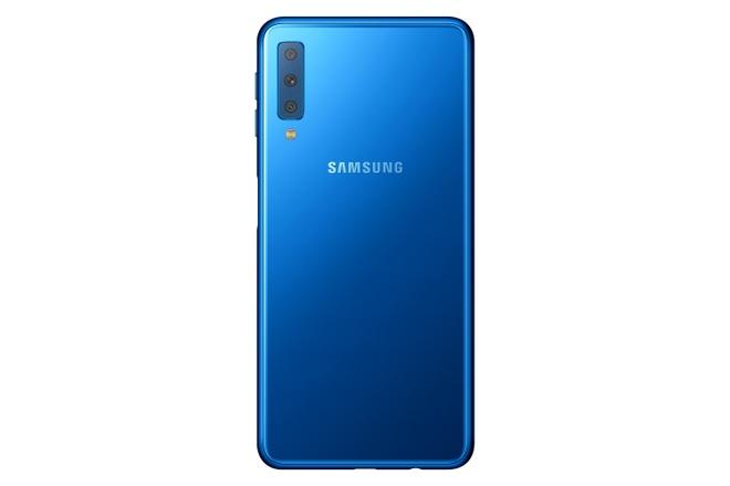 Samsung ra mat Galaxy A7 2018 voi 3 camera sau, chip loi tam hinh anh