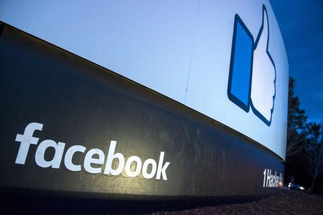 Facebook bi to noi doi luot view, lua nha quang cao 2 nam qua hinh anh
