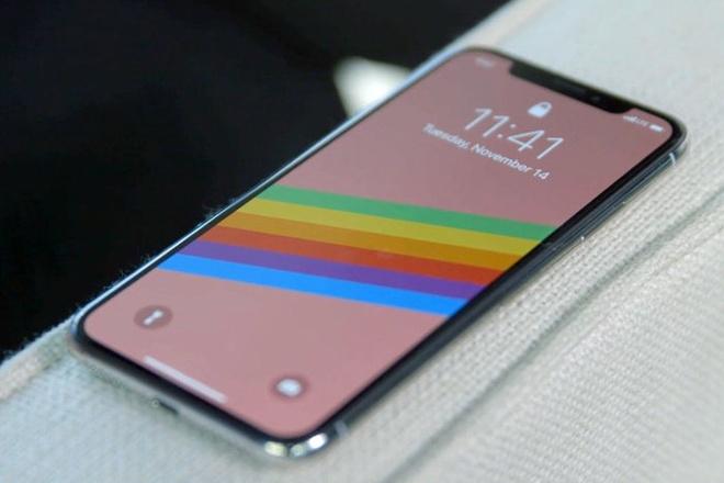 Apple dua 'tinh nang' lam cham may len iPhone X, 8 Plus hinh anh 1