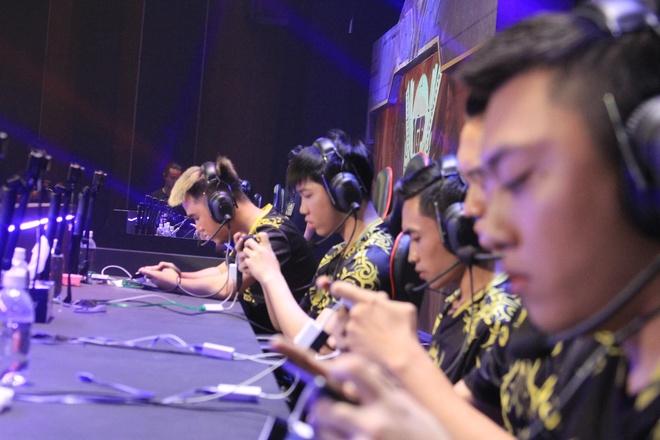 Highlight Team Flash - MZ eSports hinh anh