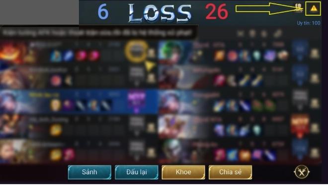 Người chơi có thể báo cáo những tài khoản gian lận, phá game thông qua tính năng tố cao ngay trong game. Ảnh: Liên Quân Mobile.
