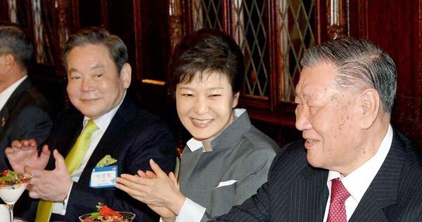 'Thai tu Samsung': 38 trieu USD va phong giam 6,5 m2 hinh anh 2