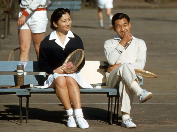 Danh hieu A than va Ngai vang Hoa cuc cua Nhat hoang Akihito hinh anh 2