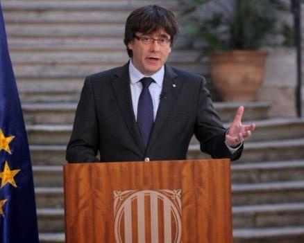 Lanh dao Catalonia keu goi chong doi lenh tiep quan cua Madrid hinh anh