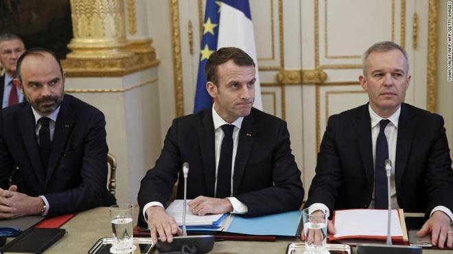 Macron nhuong bo nguoi bieu tinh: Toi biet da lam ton thuong cac ban hinh anh 1