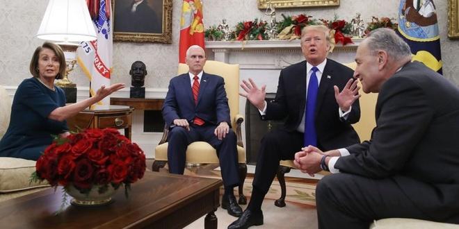 TT Trump bi goi la 'con chon' sau khi noi doa vi buc tuong bien gioi hinh anh 1