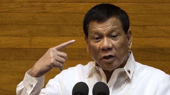 TT Duterte thua nhan luc nho tung sam so nguoi giup viec hinh anh