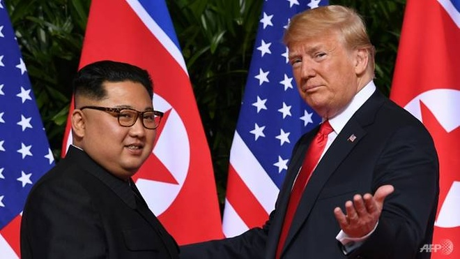 Kim Jong Un 'rat hai long' voi buc thu tu Trump truoc cuoc gap lan 2 hinh anh 1