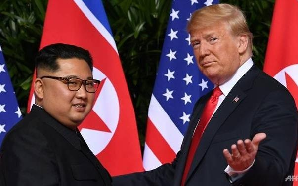 Kim Jong Un 'rat hai long' voi buc thu tu Trump truoc cuoc gap lan 2 hinh anh