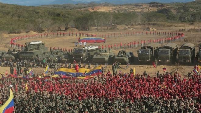 Venezuela tien hanh tap tran quan su 'lon nhat 200 nam qua' hinh anh 1