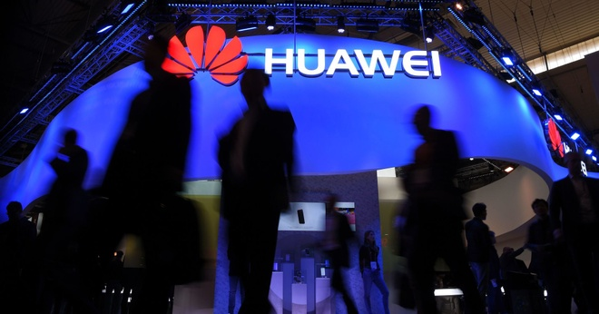 Huawei khoi kien chinh phu My giua cang thang leo thang hinh anh 1