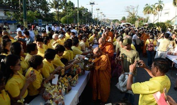 Thai Lan to chuc le dang quang cong phu cho nha vua hinh anh 1