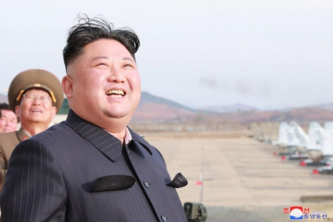 Nga dong cua truong hoc o Vien Dong truoc hoi nghi Kim - Putin hinh anh 1