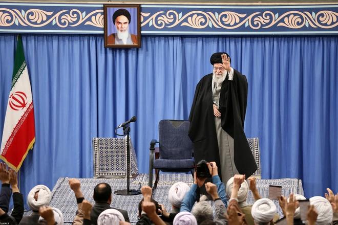 Lanh tu toi cao Iran chu tri le cau nguyen dau tien sau 8 nam hinh anh 1 iran_Supreme_leader.jpg
